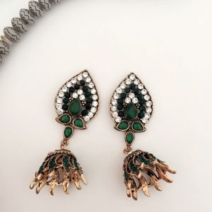 B10 Antique Style Multicolor Dangle Earrings